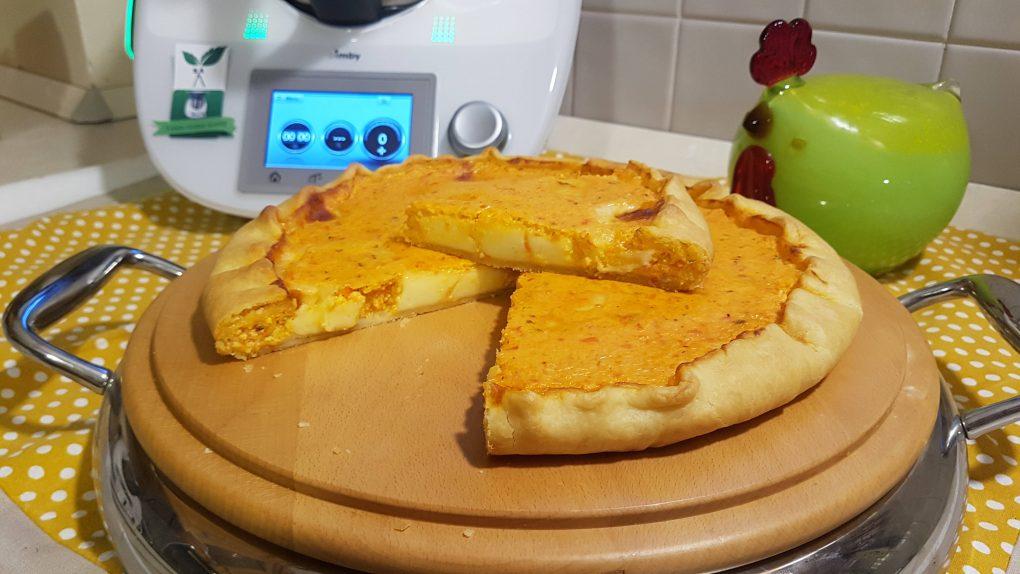 Torta salata con peperoni e ricotta