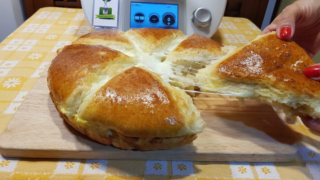 Pagnotta soffice al formaggio