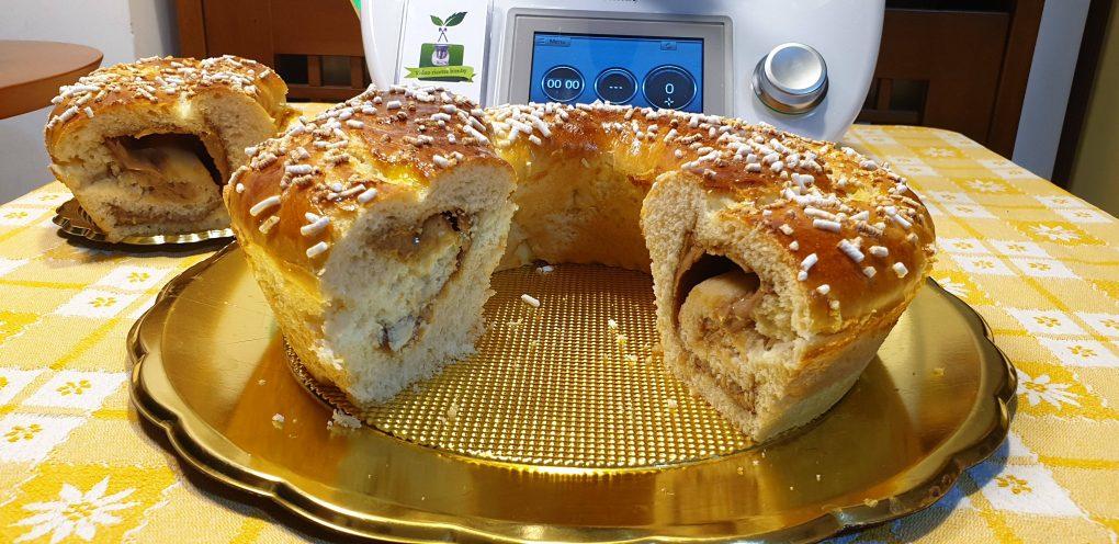 Ciambella di pan brioche con crema di nocciole