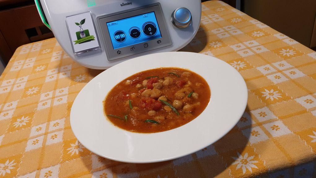 Zuppa di ceci e pomodoro