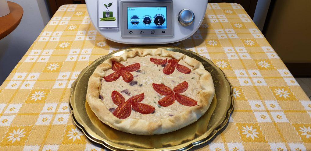 Torta salata al tonno e pomodorini