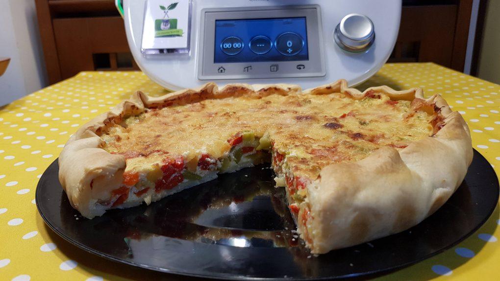 Torta salata peperoni e zucchine