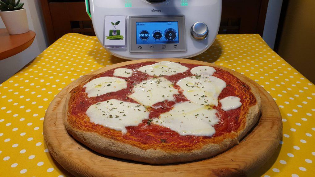 Pizza senza lievito veloce pronta in un ora