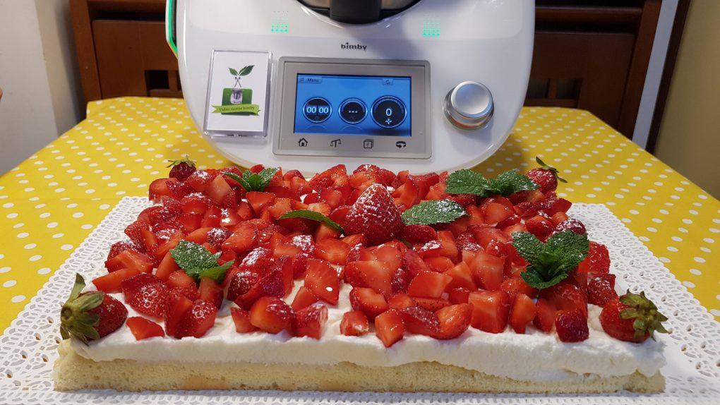 Torta veloce panna e fragole