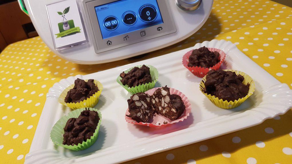 Mandorle al cioccolato fondente