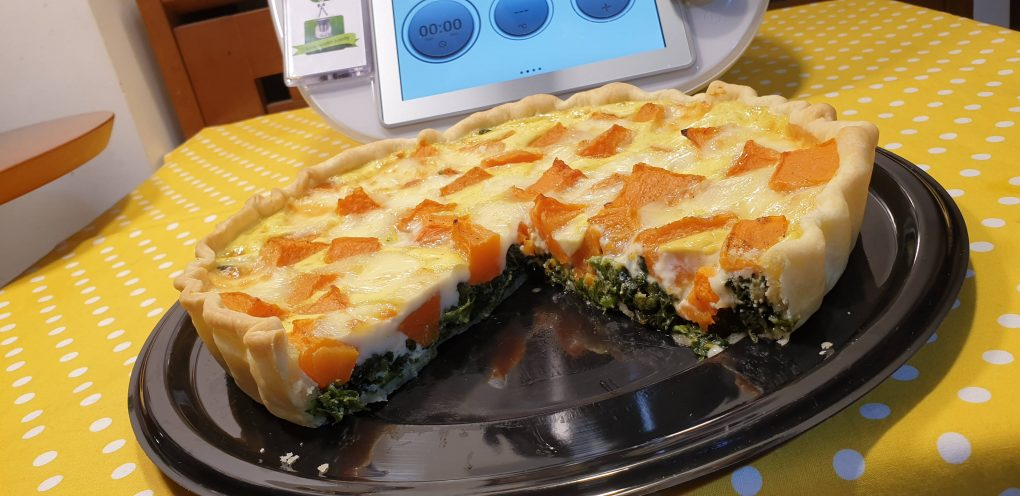 Crostata con zucca spinaci e taleggio