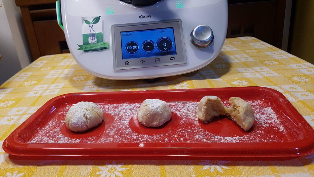 Biscotti veloci di mandorle al limone