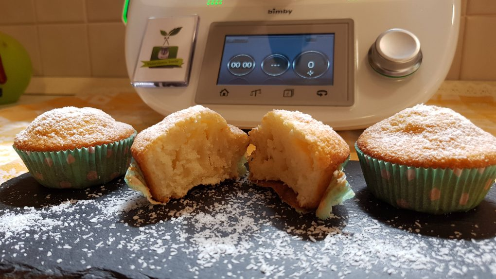 Muffins soffici al cocco