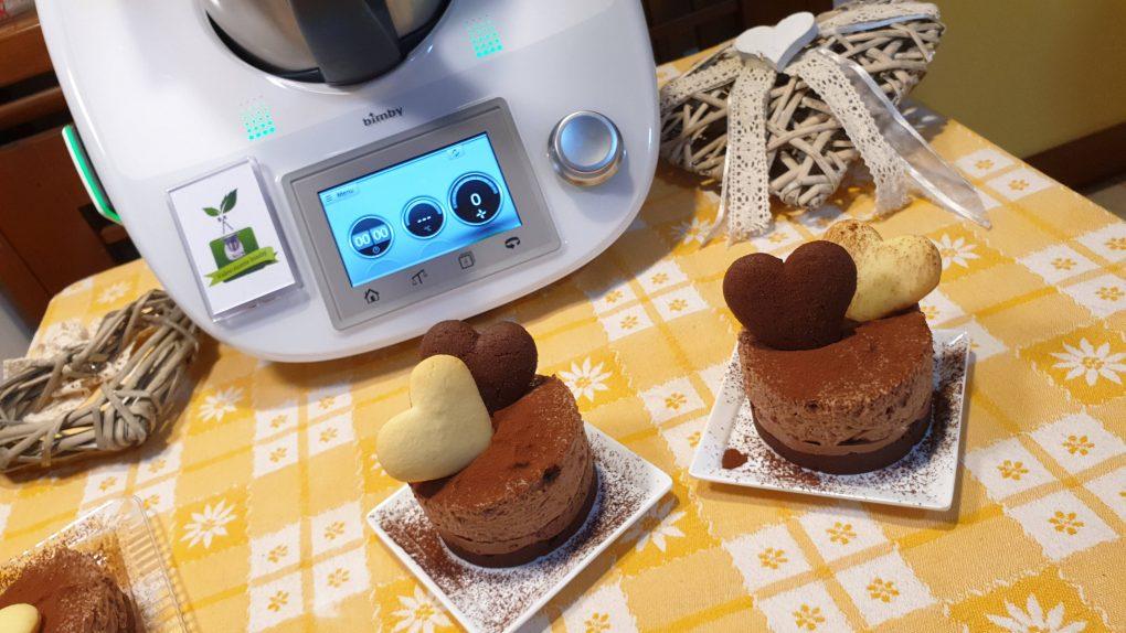 Cheesecake con crema pan di stelle e biscotti batticuori