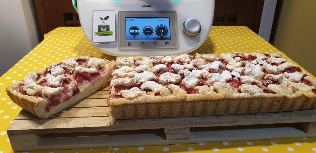 Crostata con crema pasticcera e fragole senza glutine