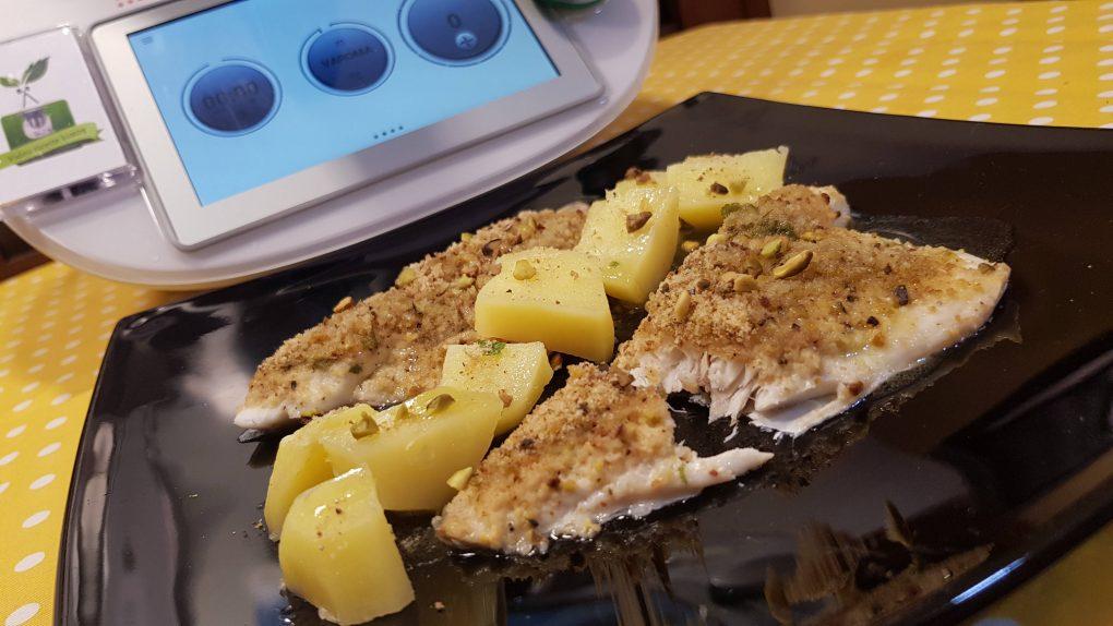 Filetti di orata con pistacchi e patate